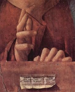 Le mani del Salvator Mundi di Antonello. Si scorge il pentimento con la rotazione delle dita.