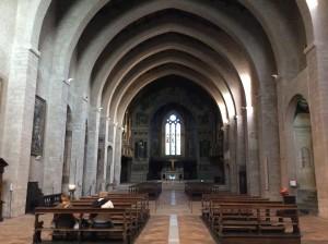 L'interno del Duomo di Gubbio